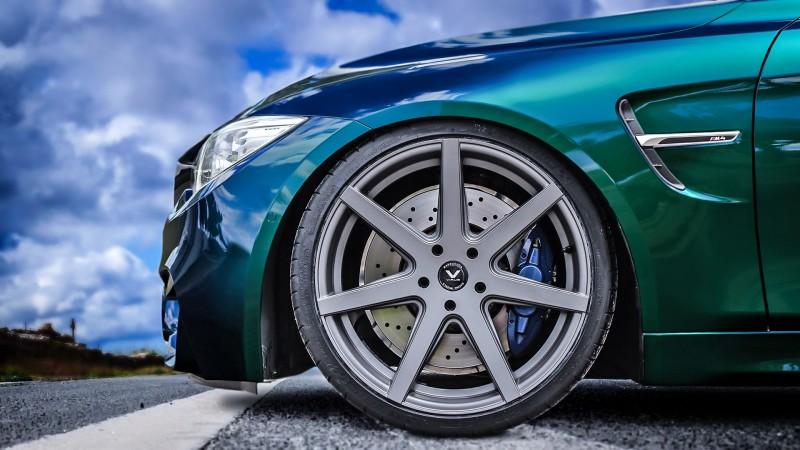 media/image/BMW-M4-Nah.jpg